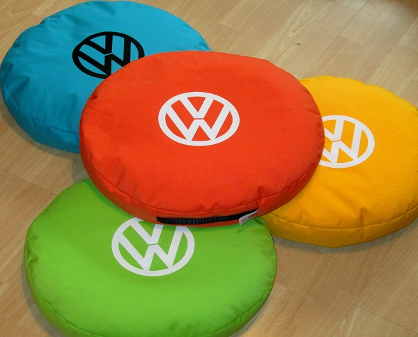 vw-campervan-cushion-asstd-colours